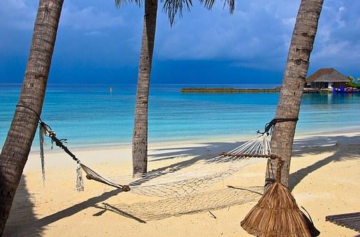 beach-1044369__340