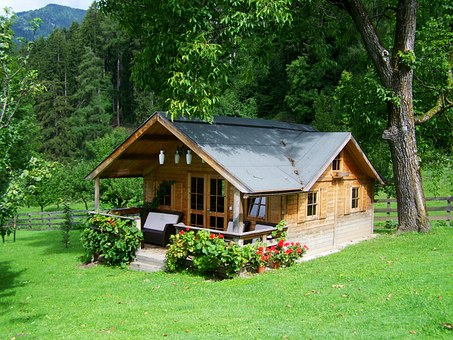 small-wooden-house-906912__340